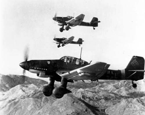 Junkers Ju 87 Ds in flight Oct 1943