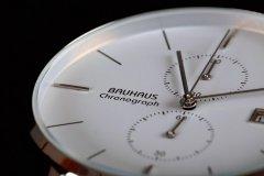 Chronograph-white-05.jpg