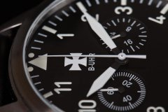 B-UHR-LUFTWAFFE-flieger-chronograph-3.jpg